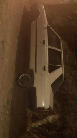 Venta de carro en buen estado 4.500.000 negociable, para vender lo mas pronto.