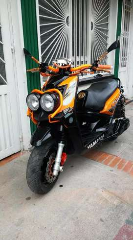 Vendo o permuto Yamaha bws motor 190