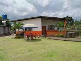 SE VENDE CASA DE 1 PISO (10 * 12m) + LOTE 1300 m2