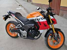 Vendo moto honda repsol cb 190rr en ocasión