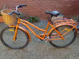 VENDO bicicleta urbana R26.