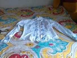 linda camisa blanca talla m