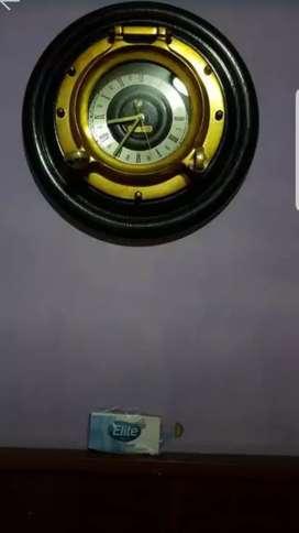 Reloj naval. Ojo de buey Bronce