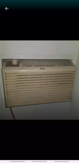 Aire acondicionado con caja para instalar