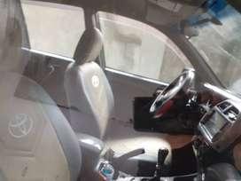 Vehículo Toyota RAV4