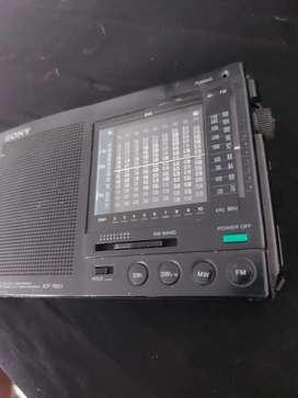 RADIO SONY. ICF.7601.DE 12 BANDAS PARA REPUESTOS O PARA ARREGLAR
