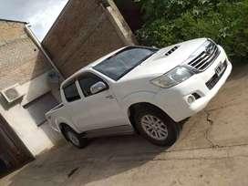 Vendo Toyota Hilux SRV4x2