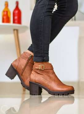 Distribuidores de calzado deportivo y casual