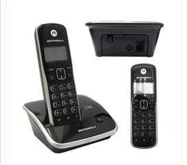 Teléfono inalámbrico Motorola + Teléfono adicional color rojo de regalo.