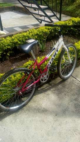 Bicicleta tres meses de uso
