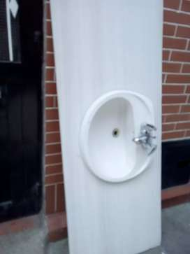 Mezon lavamanos en mármol blanco