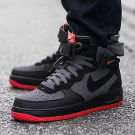 Jordan Nike air force 1 MID