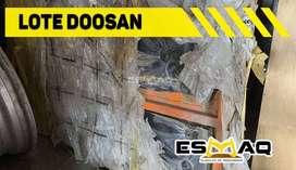 Remato lote de repuestos Doosan o Daewo para excavadora y maquinaria pesada