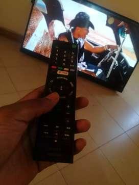 Se vende televisor smartv Sony modelo XBR-49X707D