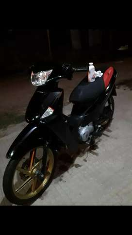 VENDO IMPECABLE HONDA BIZ 2012