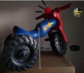 Moto de juguete montable para niño y niña. Domicilio gratis.
