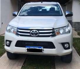 Toyota hilux 4x4 automatica 2018 srv con 20000km