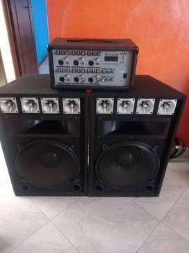 Amplificador más 2 cabinas