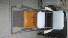 Vendo silla alta plegable  para niño sin bandeja