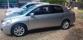 Se vende Nissan Tiida premium full equipo en muy buen estado