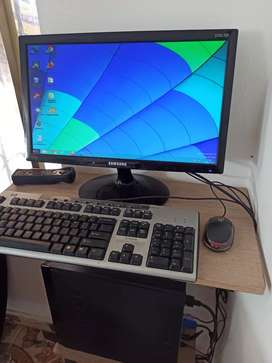Computador de escritorio BASICO
