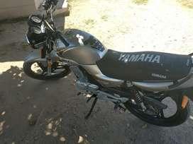 Vendo hermosa Yamaha ybr Ed full motor 10 puntos.
