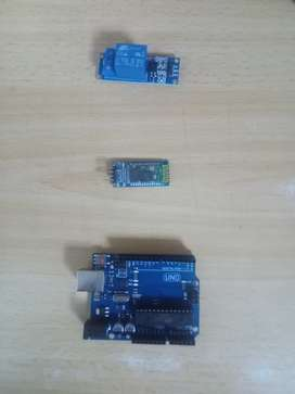 Arduino uno, módulo Bluetooth, rele 5V