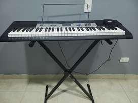 Piano sin uso