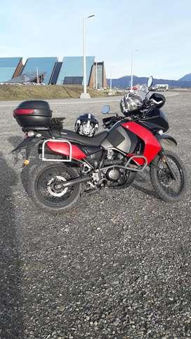 Vendo o permuto Kawasaki klr 650 2012