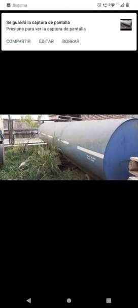 Tanque de agua regador