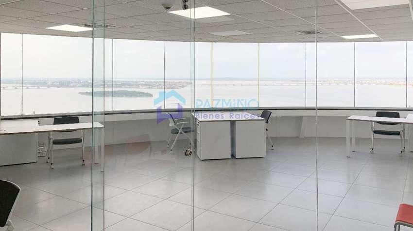 Oficina The Point, Puerto Santa Ana, espectacular vista en piso alto 0