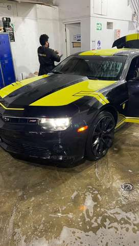 Chevrolet camaro negro 2015
