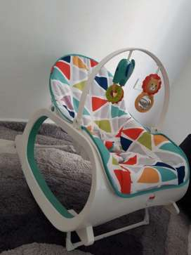 Se vende silla mecedora fisher price