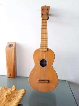 Guitarra ukelele yamaha