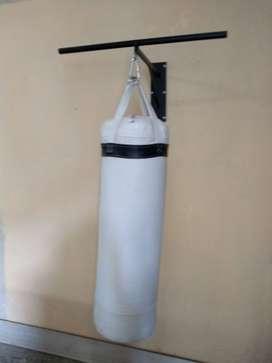 Tula de boxeo más soporte
