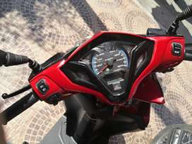 Se vende Honda click nuevesita