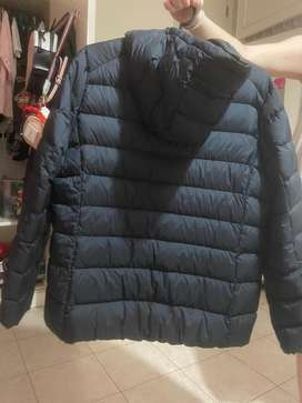 Vendo campera UNIQLO talle XL
