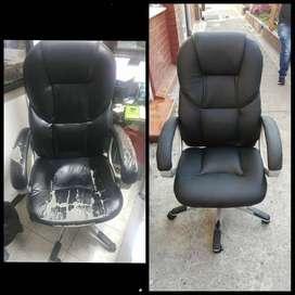 Arreglo de sillas de escritorio