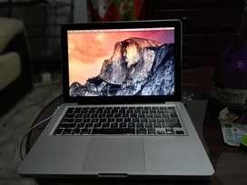 Macbook pro en excelente estado esta para cambio de bateria pero así funciona bn