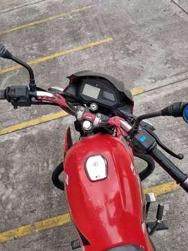 XCD 125  roja