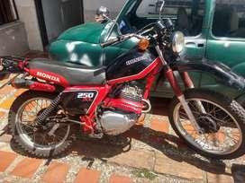 Honda Xl 250 con Traspasos