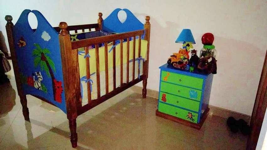 Ganga, alcoba completa para bebé( Cuna,nochero,closet, Accesorios) 0