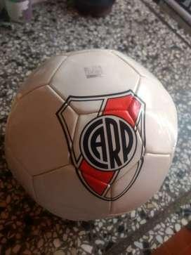 pelota de River DRB