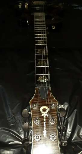 Vendo guitarra CHARVEL Desolation Ds1 ST con pastillas activas SEYMOUR DUNCAN