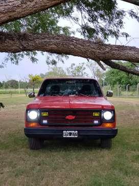 Chevrolet c10 deluxe con dirección hidráulica