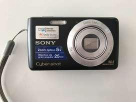 Excelente cámara digital Sony Cyber-shot 14.1 Megapixels. Color Negro