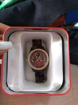 Vendo reloj Fossil de mujer