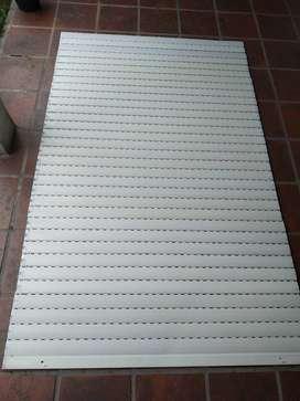 Persiana Plástica Reforzada 150 X 200