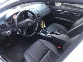 Vendo Mercedes Benz c200 CGI blueefficiency mod 2011