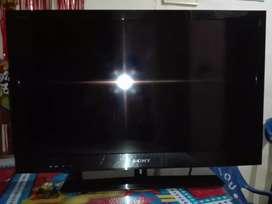 Vendo Tv Sony Bravia de 32 pulgadas negociable.